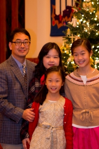 K Lee's family photo